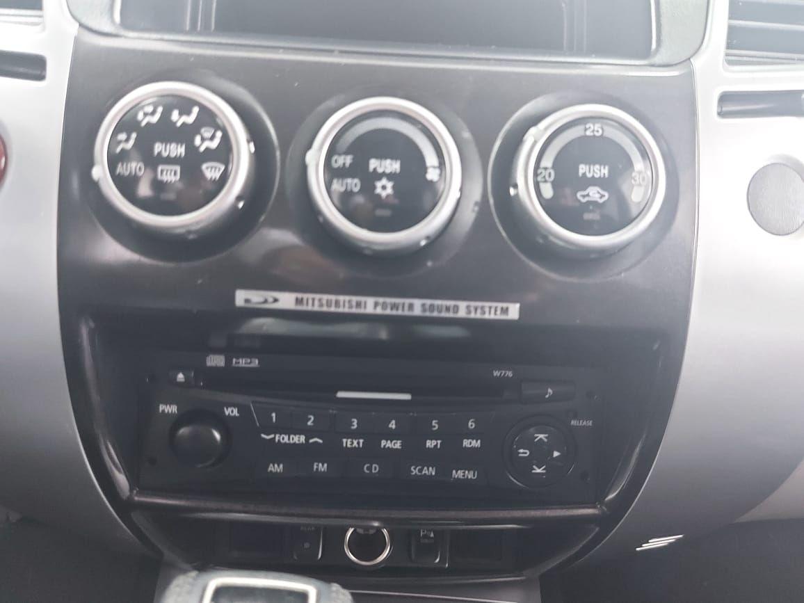 Mitsubishi Montero Sport 2013