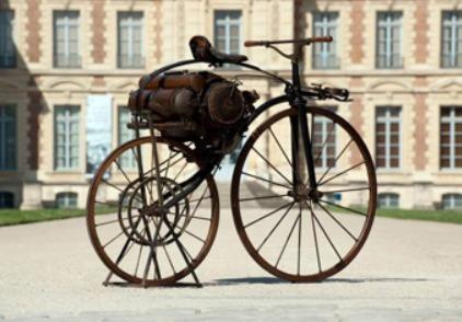 motocicleta_perreaux-operada_con_vapor