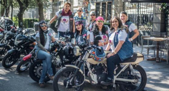 Evolución de la mujer en motocicleta